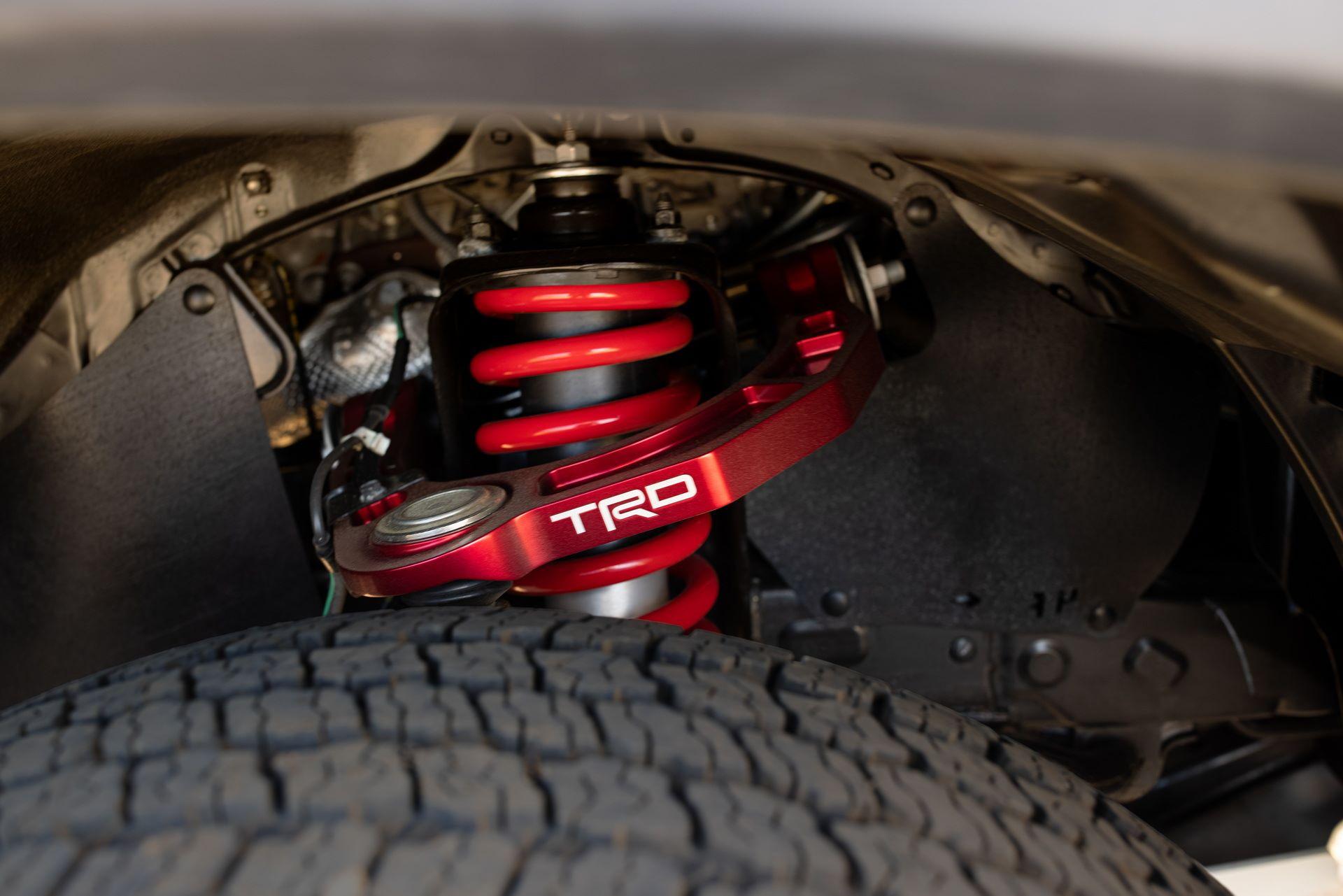 Toyota-Tacoma-TRD-Pro-and-Tacoma-Trail-Edition-15