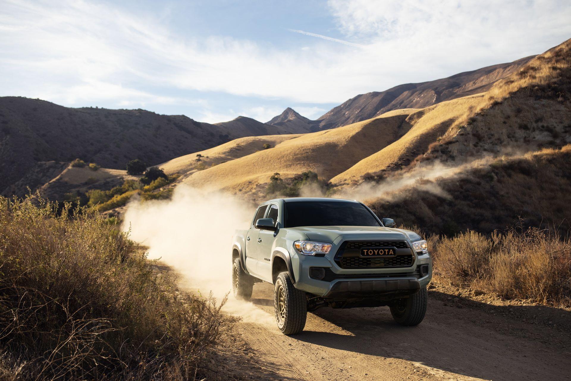 Toyota-Tacoma-TRD-Pro-and-Tacoma-Trail-Edition-2