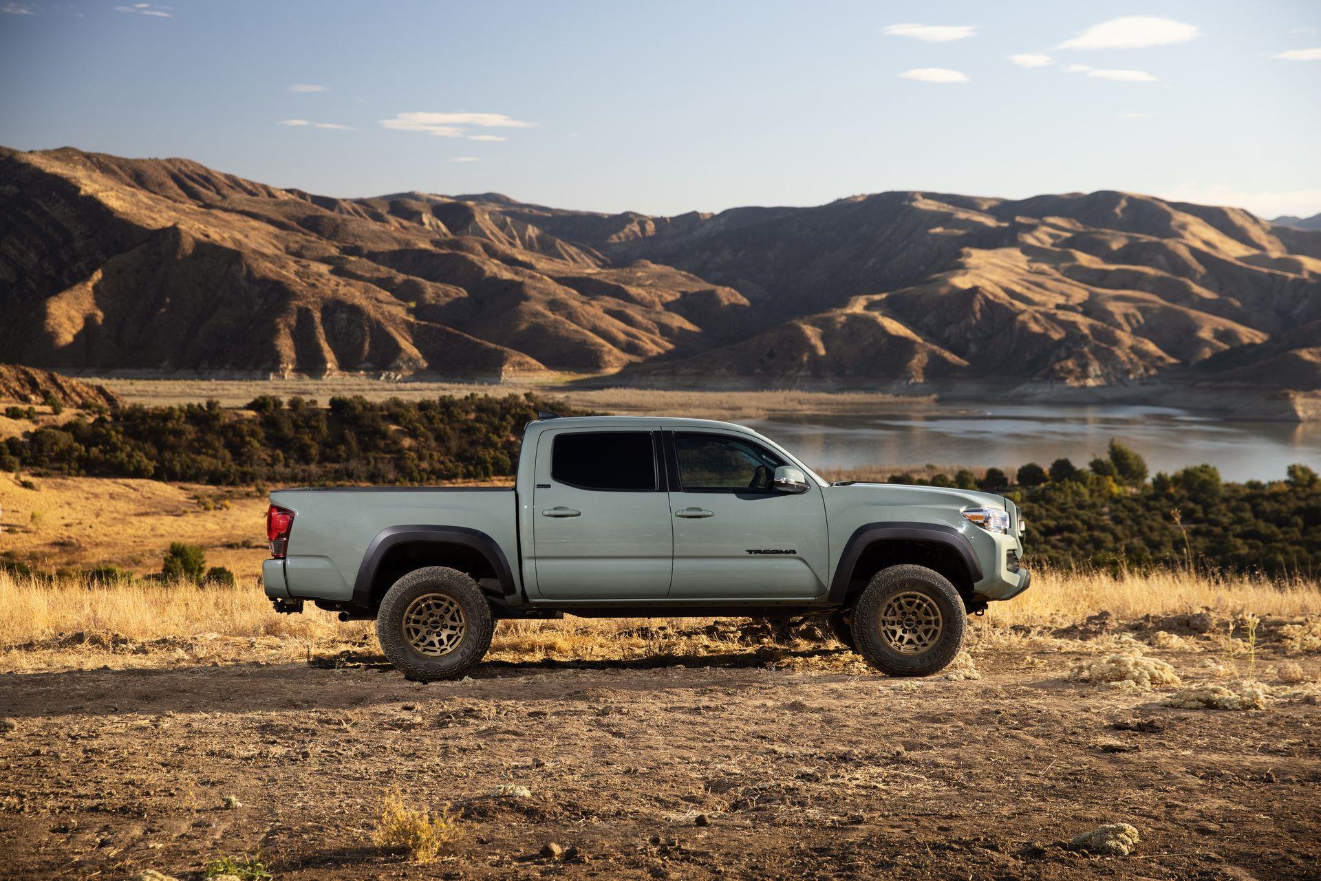 Toyota-Tacoma-TRD-Pro-and-Tacoma-Trail-Edition-5