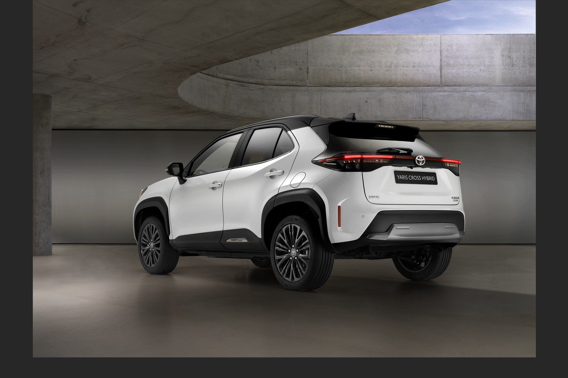 Toyota_Yaris_Cross_Adventure-0002