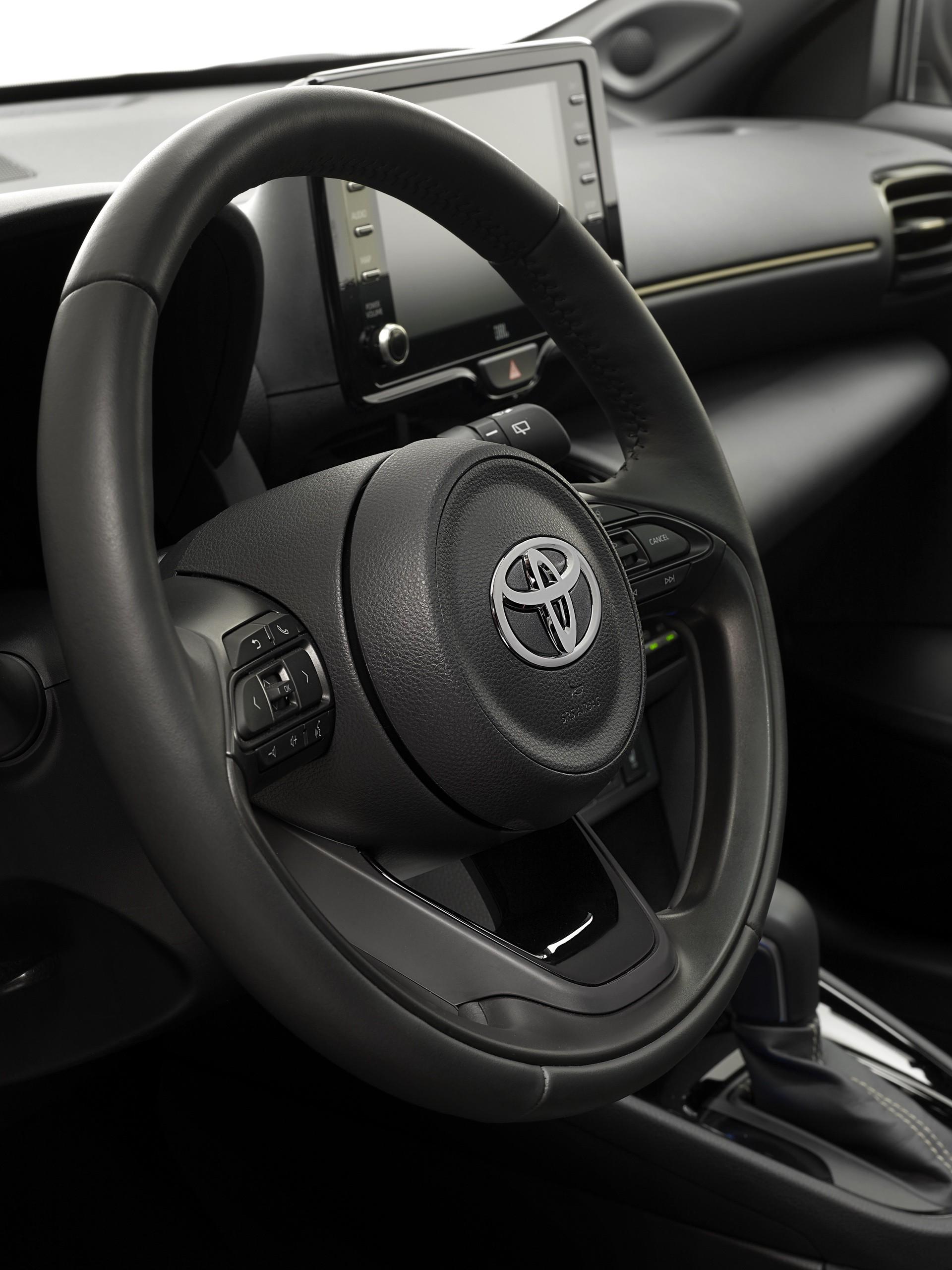 Toyota_Yaris_Cross_Premiere_Edition-0012