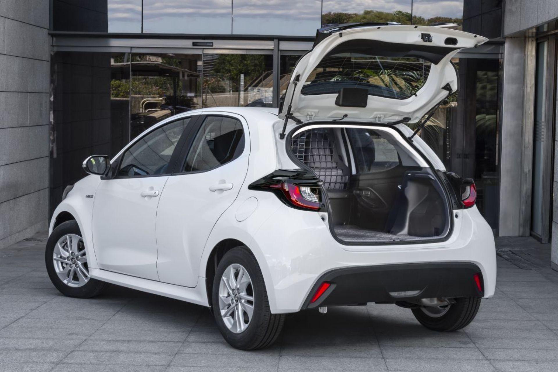 Toyota_Yaris_ECOVan-0002