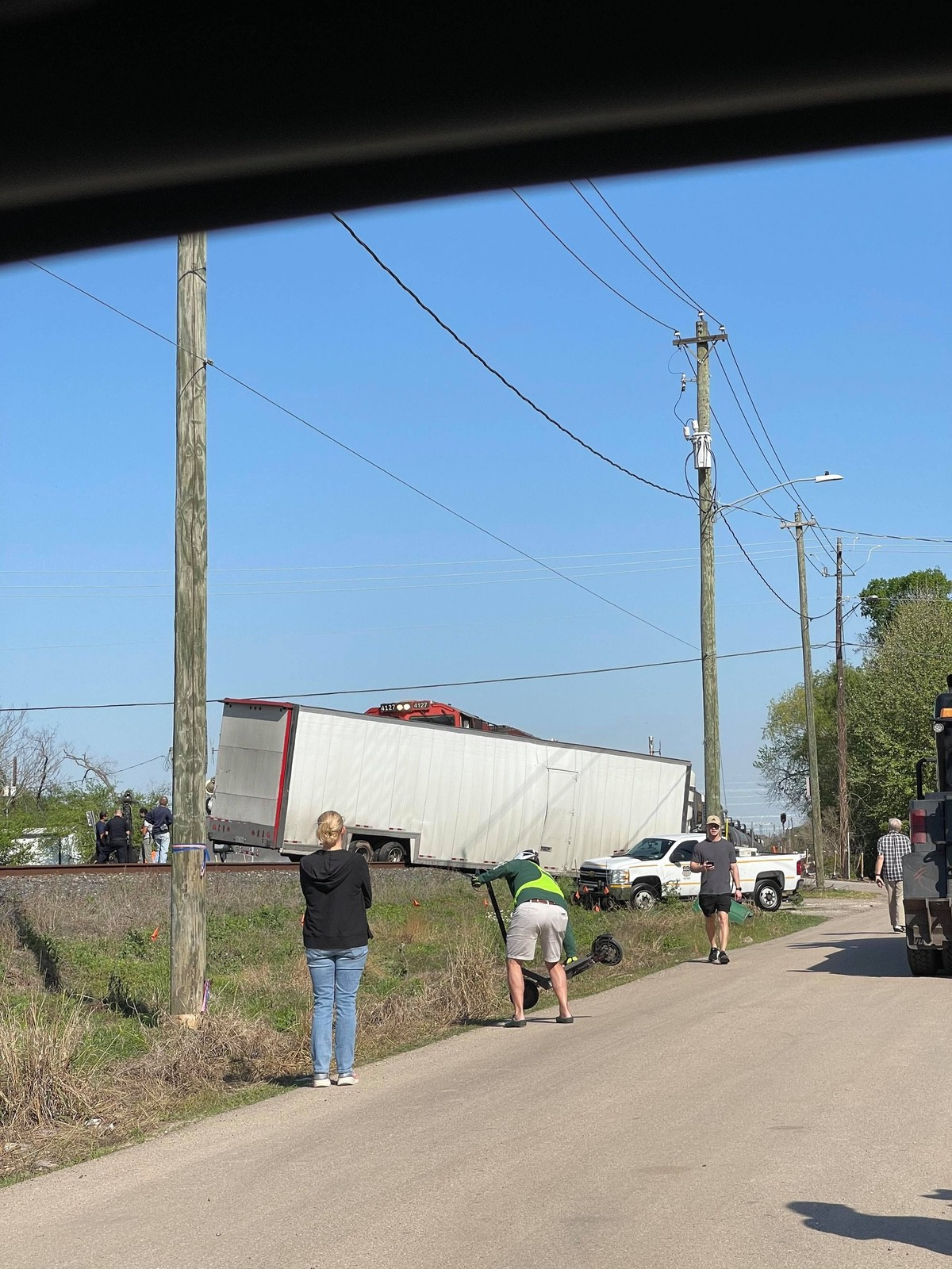 Train_Crashes_Truck_Ferrari_SF90-0007