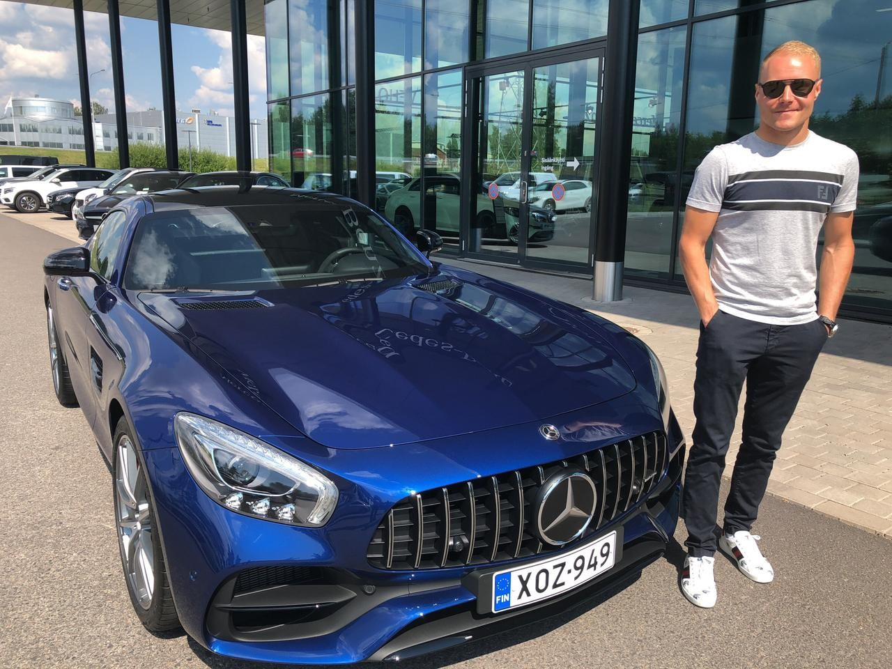 Valtteri-Bottas-Mercedes-AMG-GT-S-1