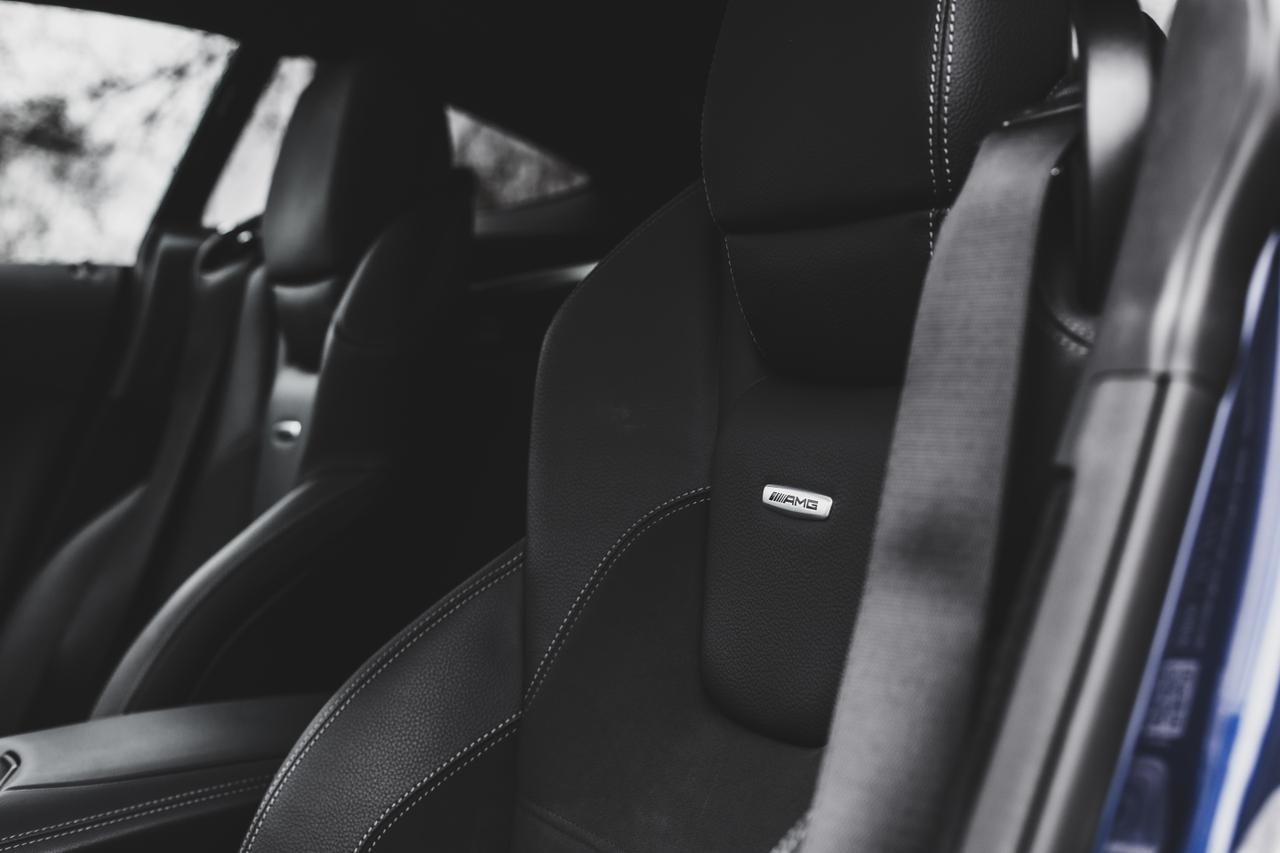 Valtteri-Bottas-Mercedes-AMG-GT-S-15