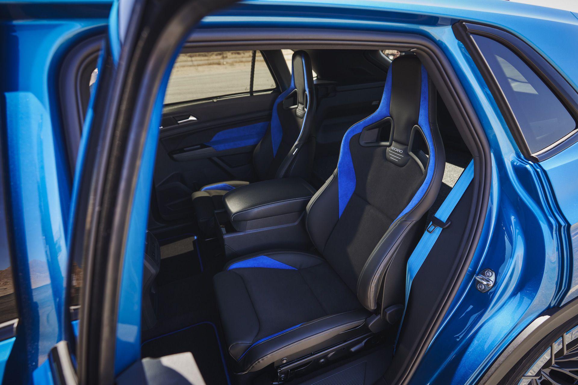 Volkswagen_Atlas_Cross_Sport_GT_Concept-0023