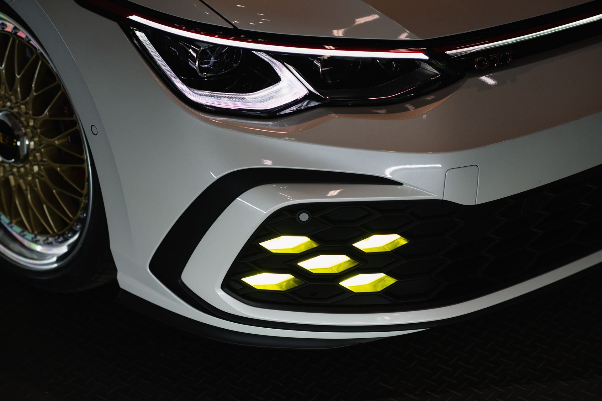 Volkswagen-Golf-GTI-BBS-Concept-11