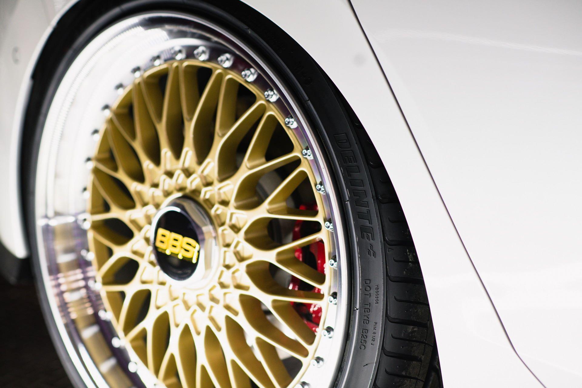 Volkswagen-Golf-GTI-BBS-Concept-8