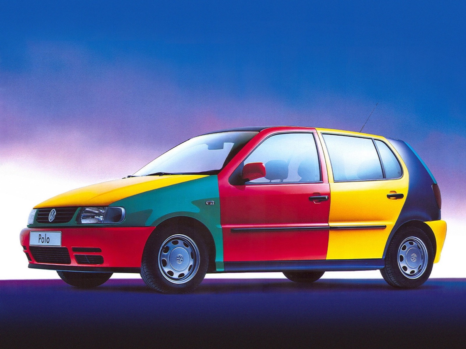 Volkswagen_Netherlands_modern_Polo_Harlekin_0009