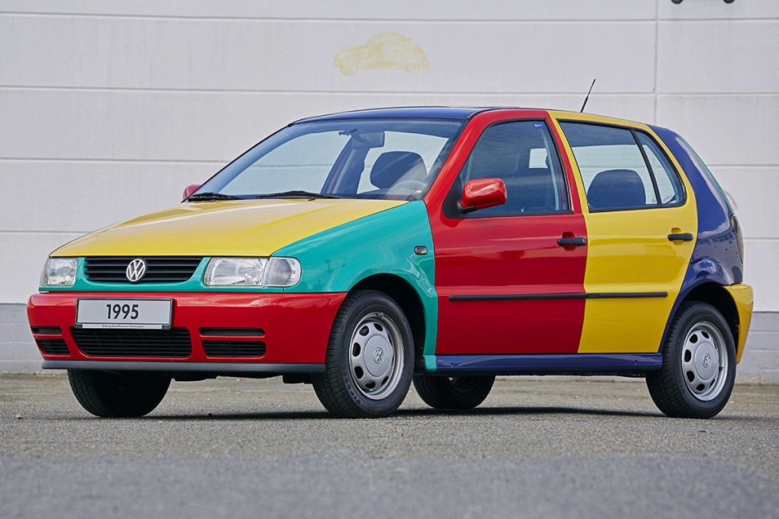 Volkswagen_Netherlands_modern_Polo_Harlekin_0011