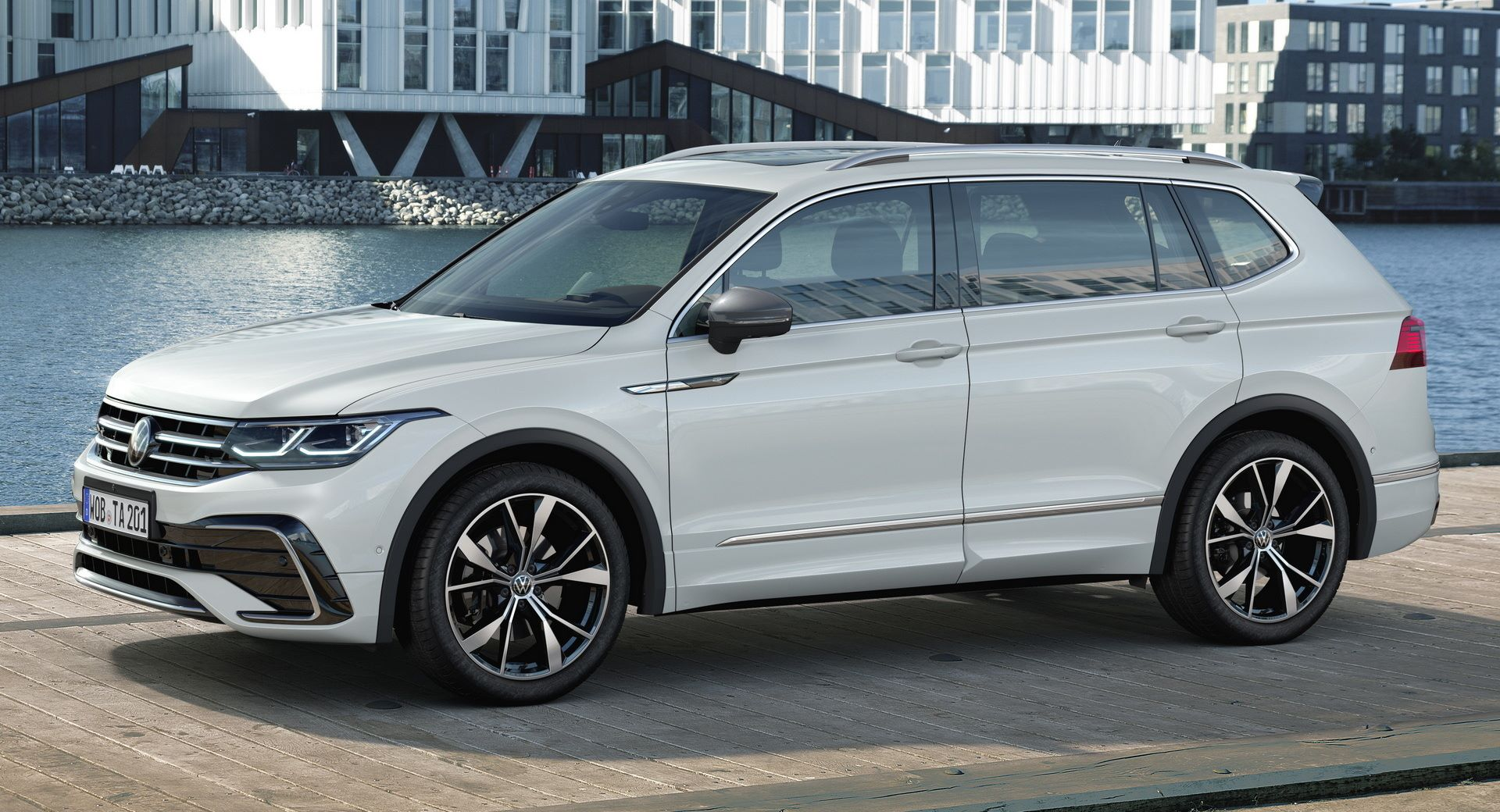 Volkswagen-Tiguan-Allspace-facelift-2