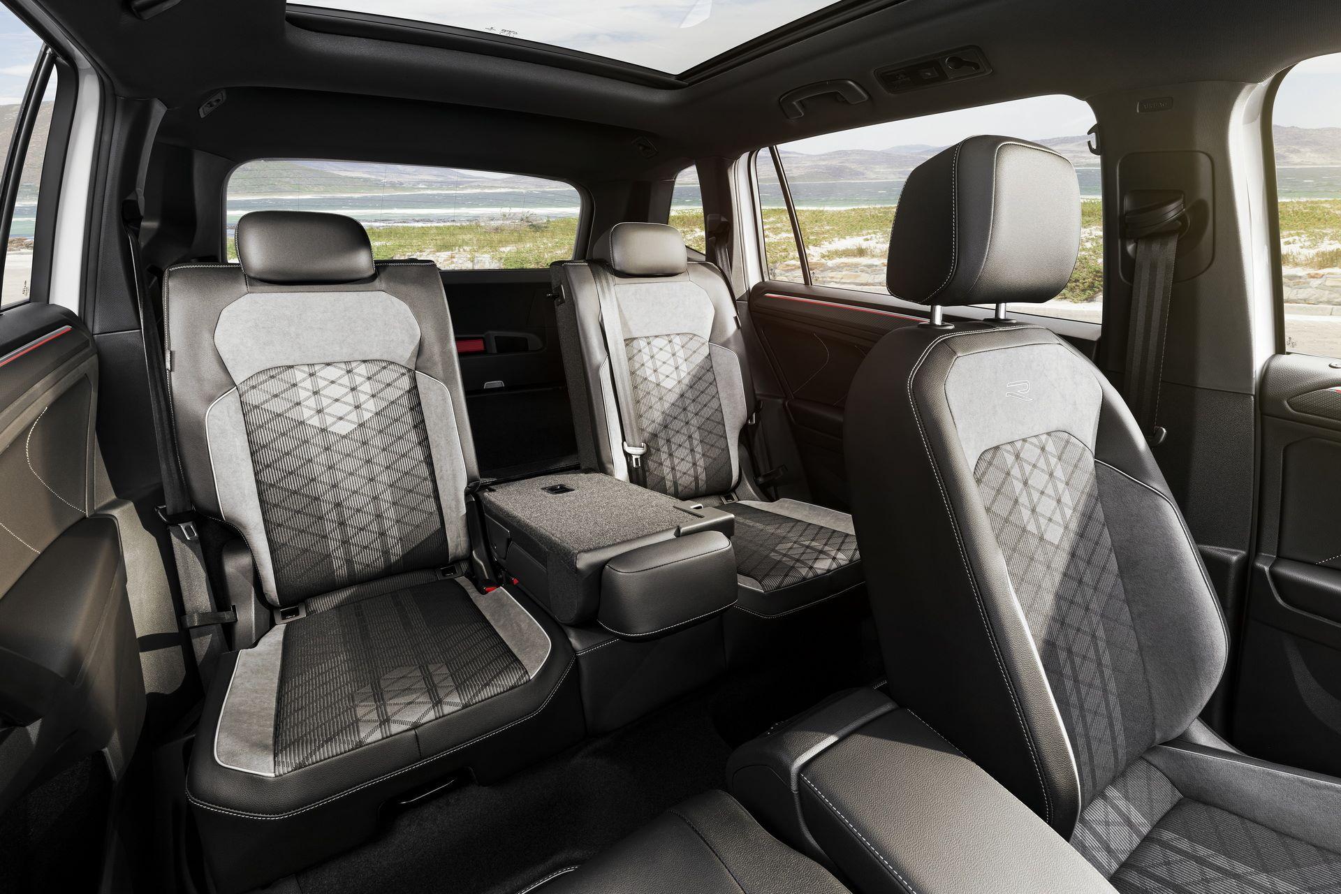 Volkswagen-Tiguan-Allspace-facelift-29