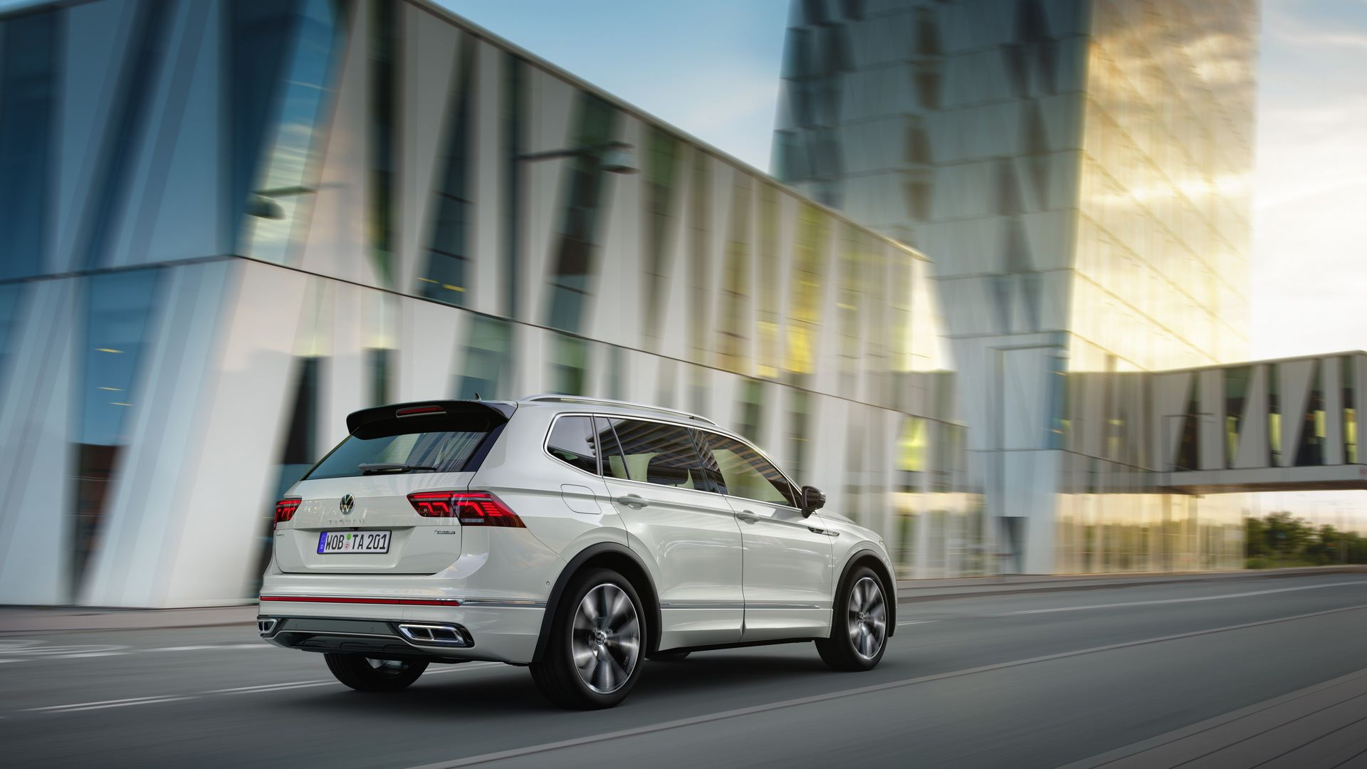 Volkswagen-Tiguan-Allspace-facelift-4
