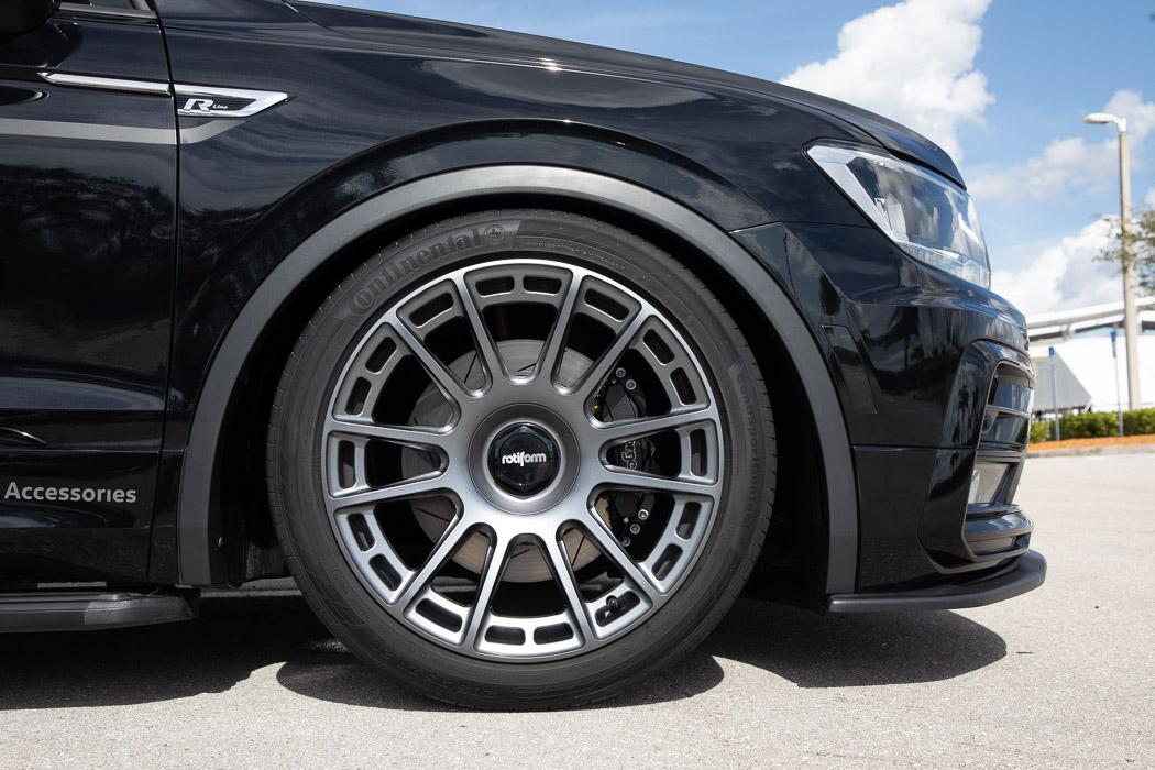 Volkswagen-Tiguan-R-Line-Black-RiNo-Concept-4