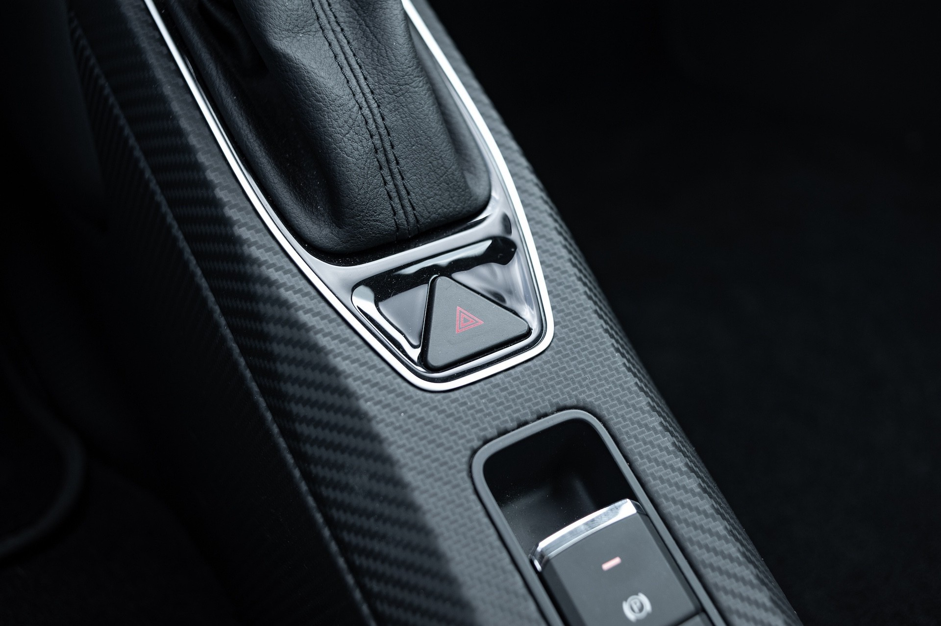 Volkswagen_XL1_sale-0011