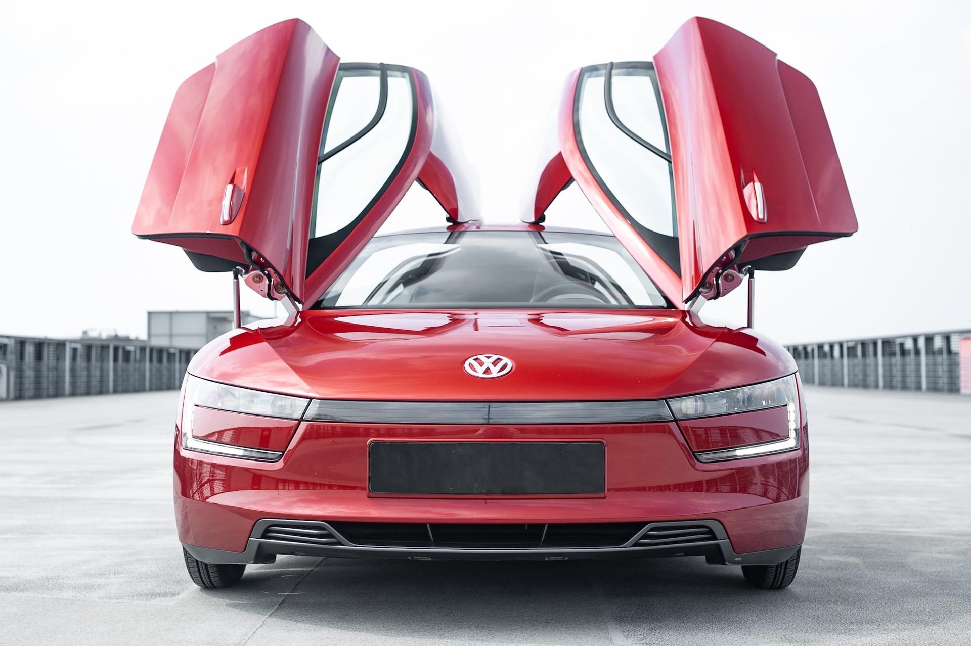 Volkswagen_XL1_sale-0022