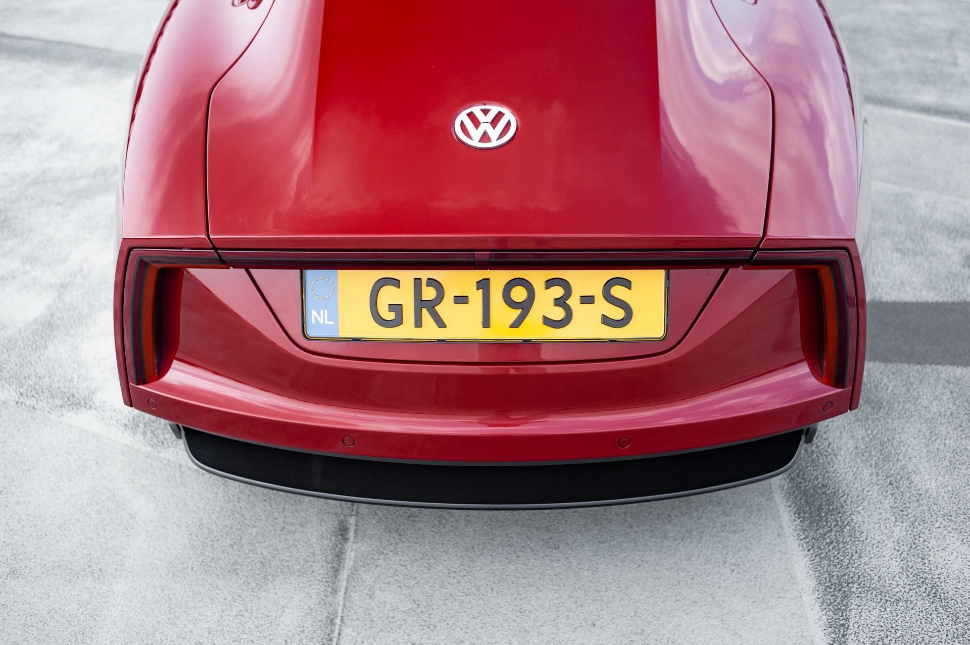 Volkswagen_XL1_sale-0060
