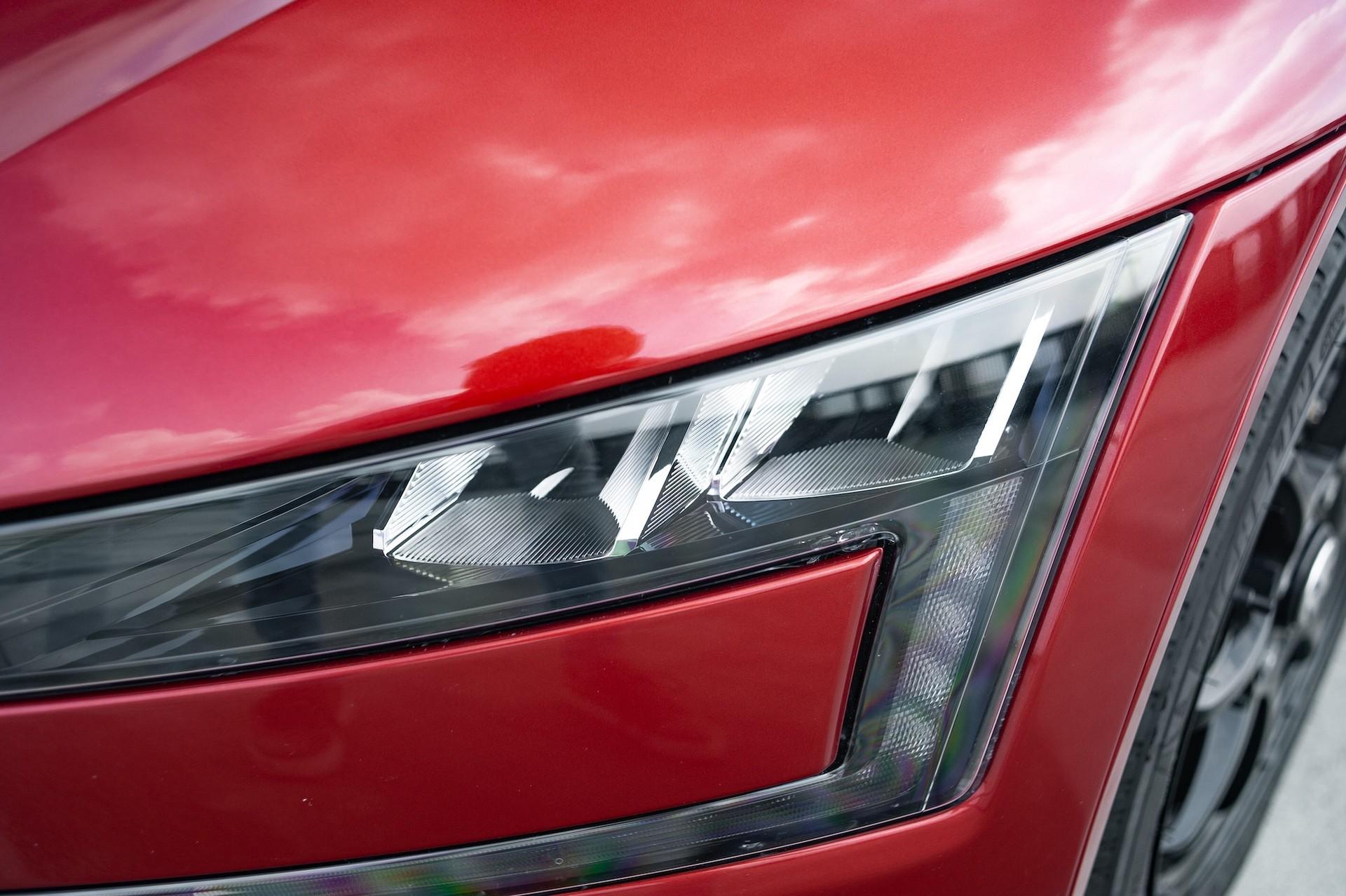 Volkswagen_XL1_sale-0062