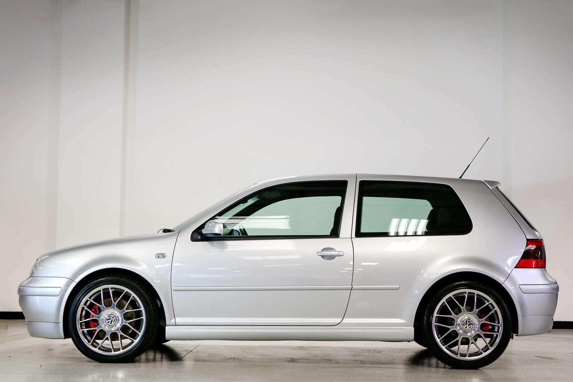 2002_VW_Golf_GTI_25th_Anniversary_Edition_sale-0004