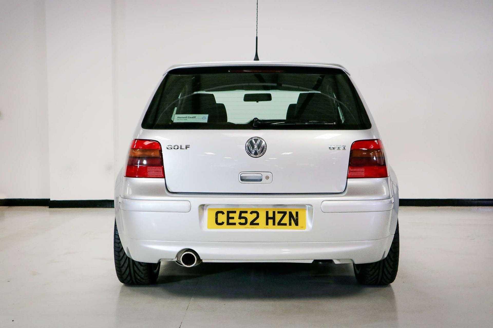 2002_VW_Golf_GTI_25th_Anniversary_Edition_sale-0005