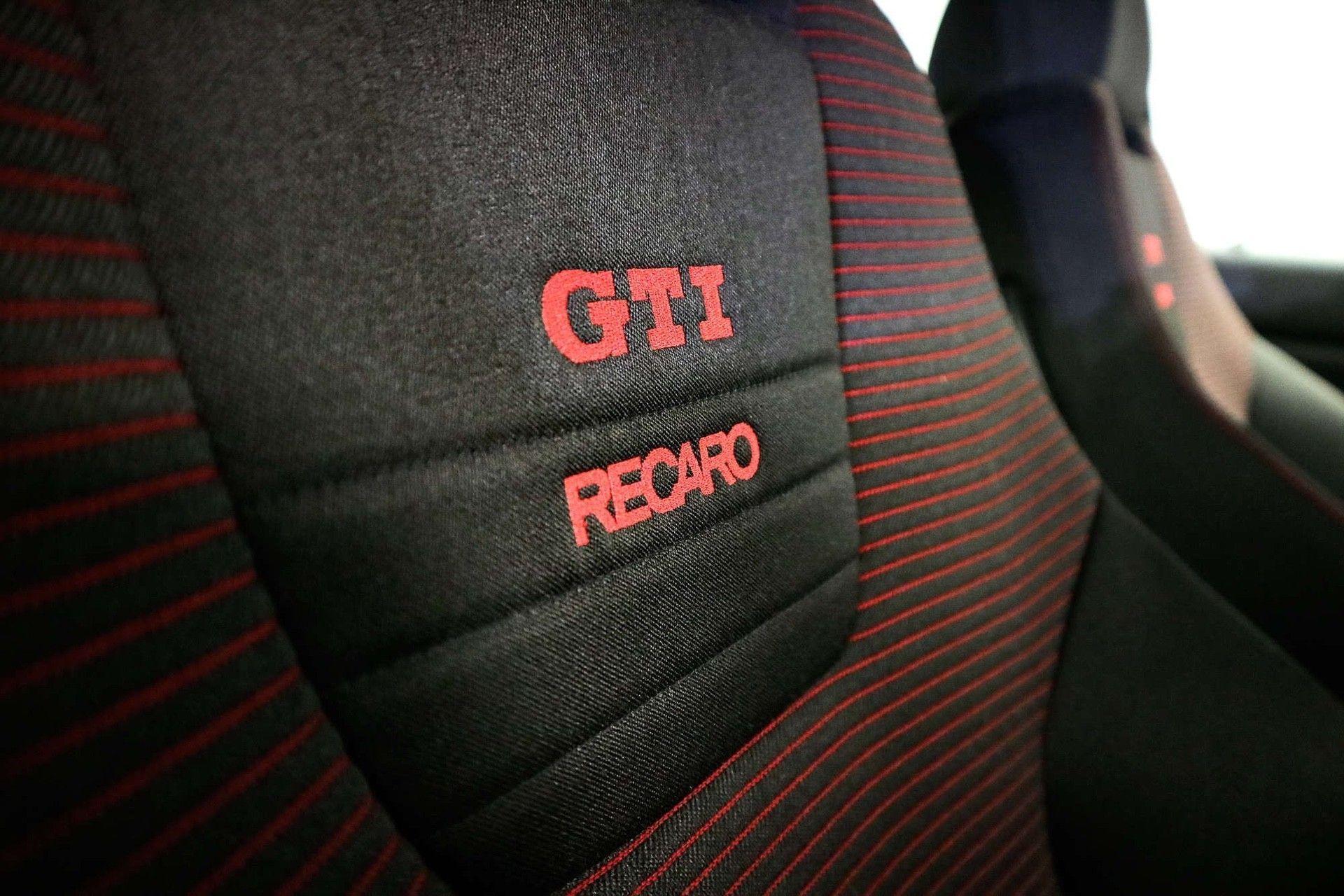 2002_VW_Golf_GTI_25th_Anniversary_Edition_sale-0008