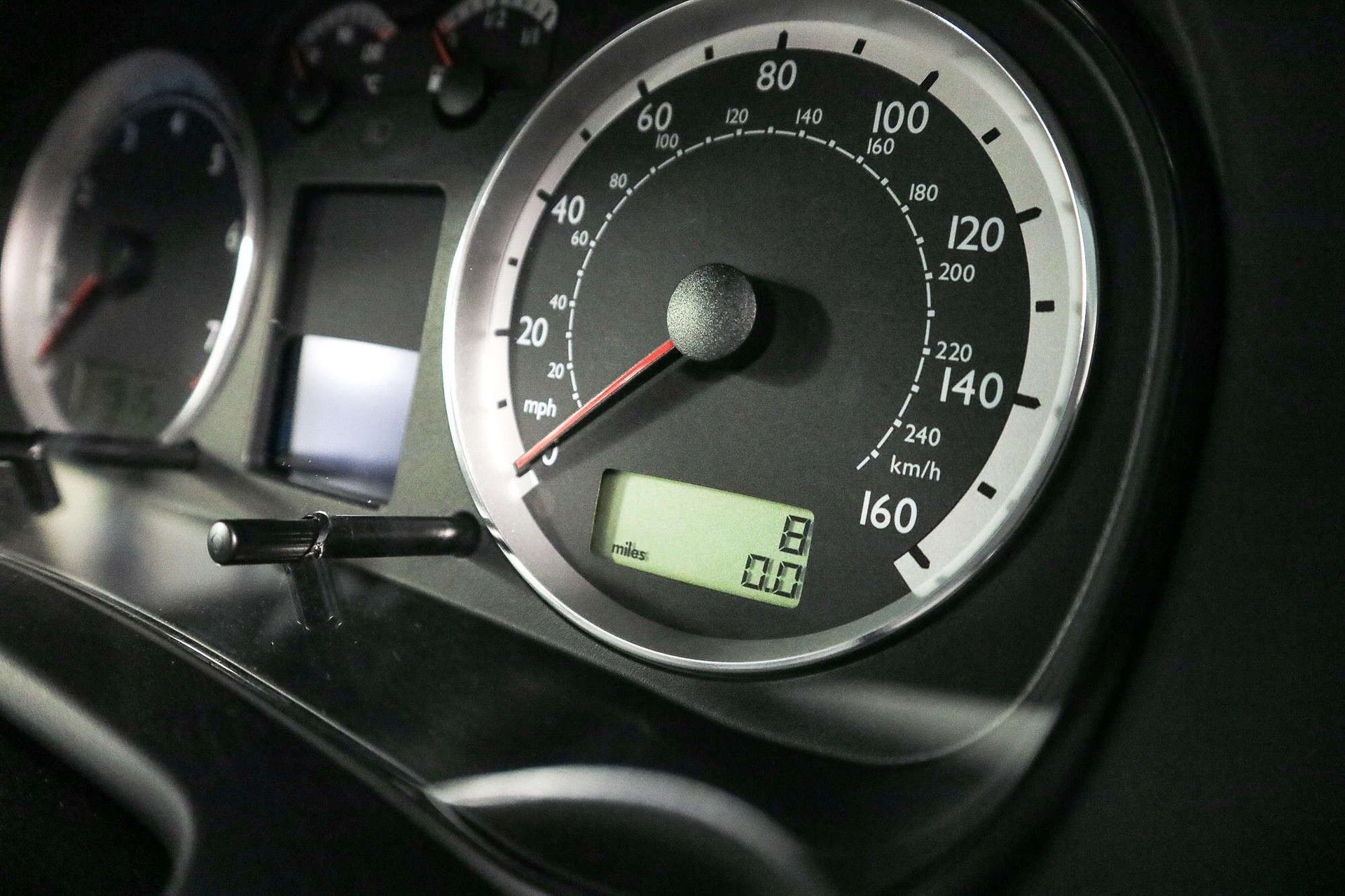 2002_VW_Golf_GTI_25th_Anniversary_Edition_sale-0011