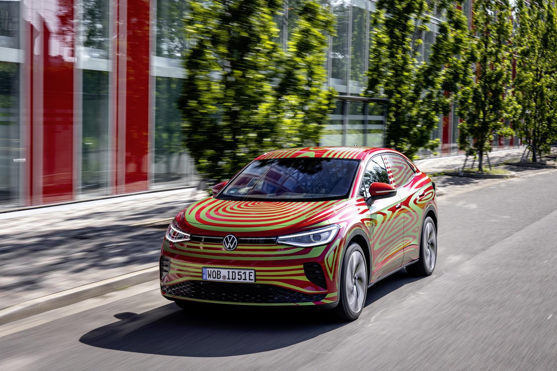 VW_ID5_GTX_teaser-0000