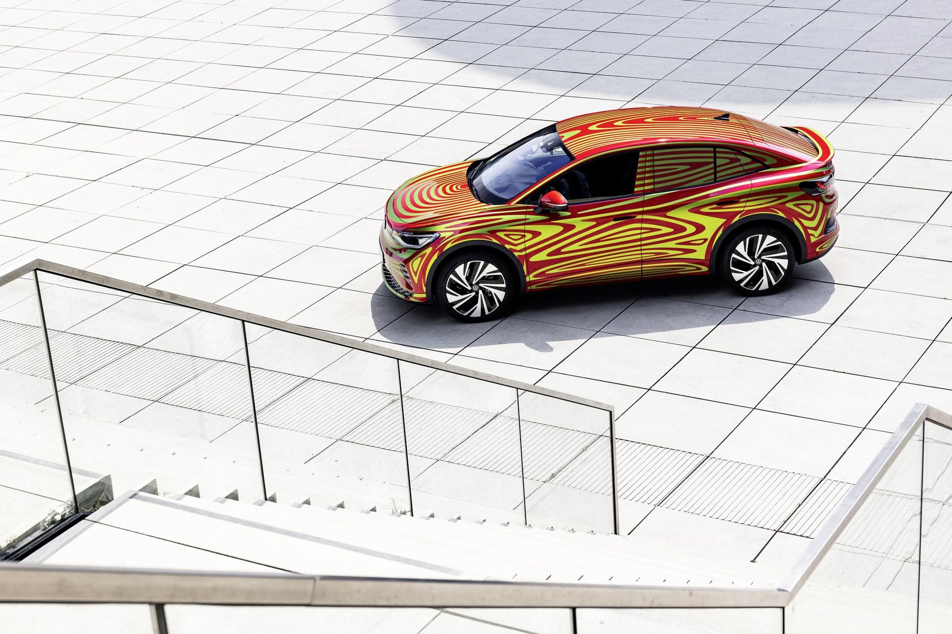 VW_ID5_GTX_teaser-0005