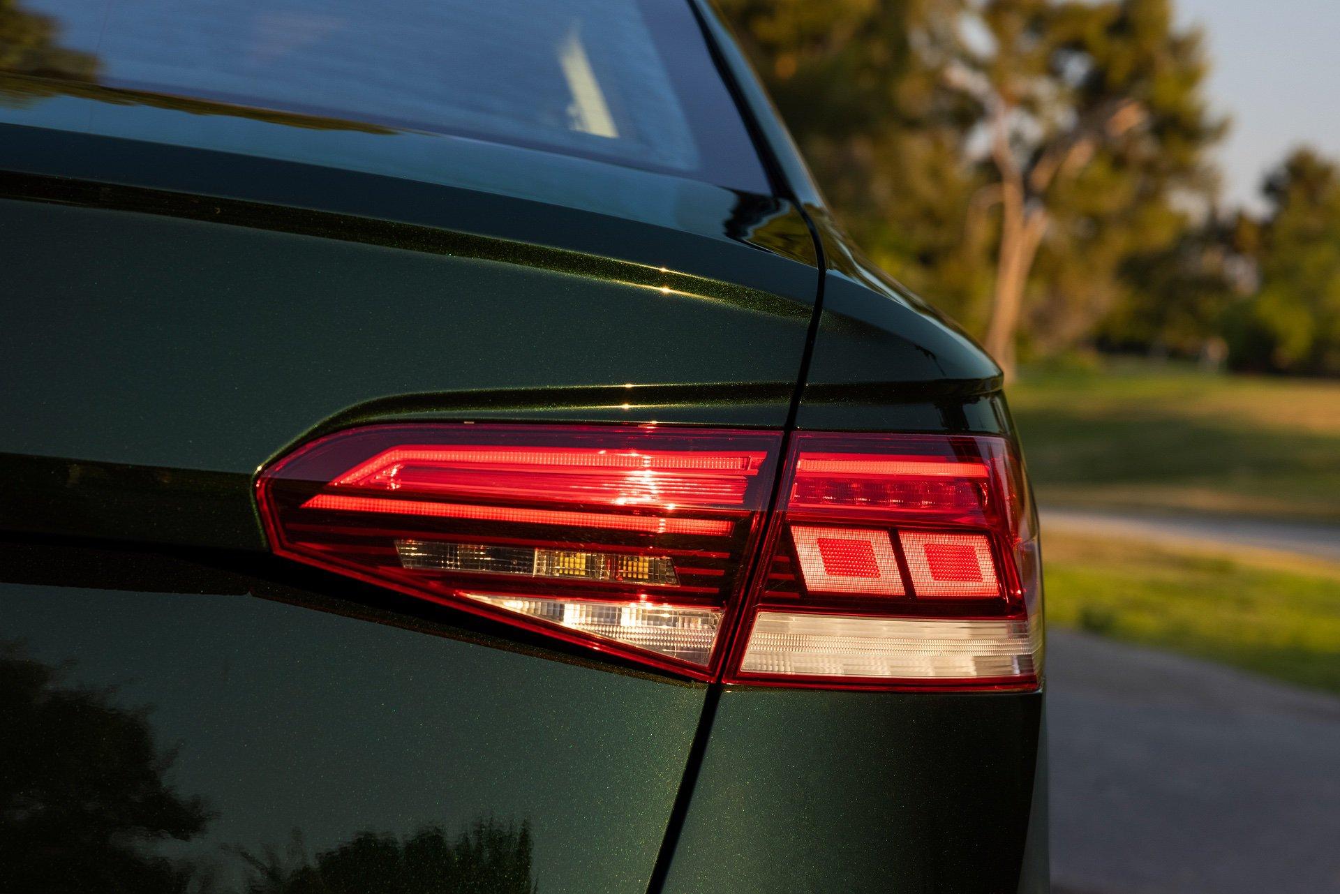VW_Passat_Limited_Edition_US_spec-0006