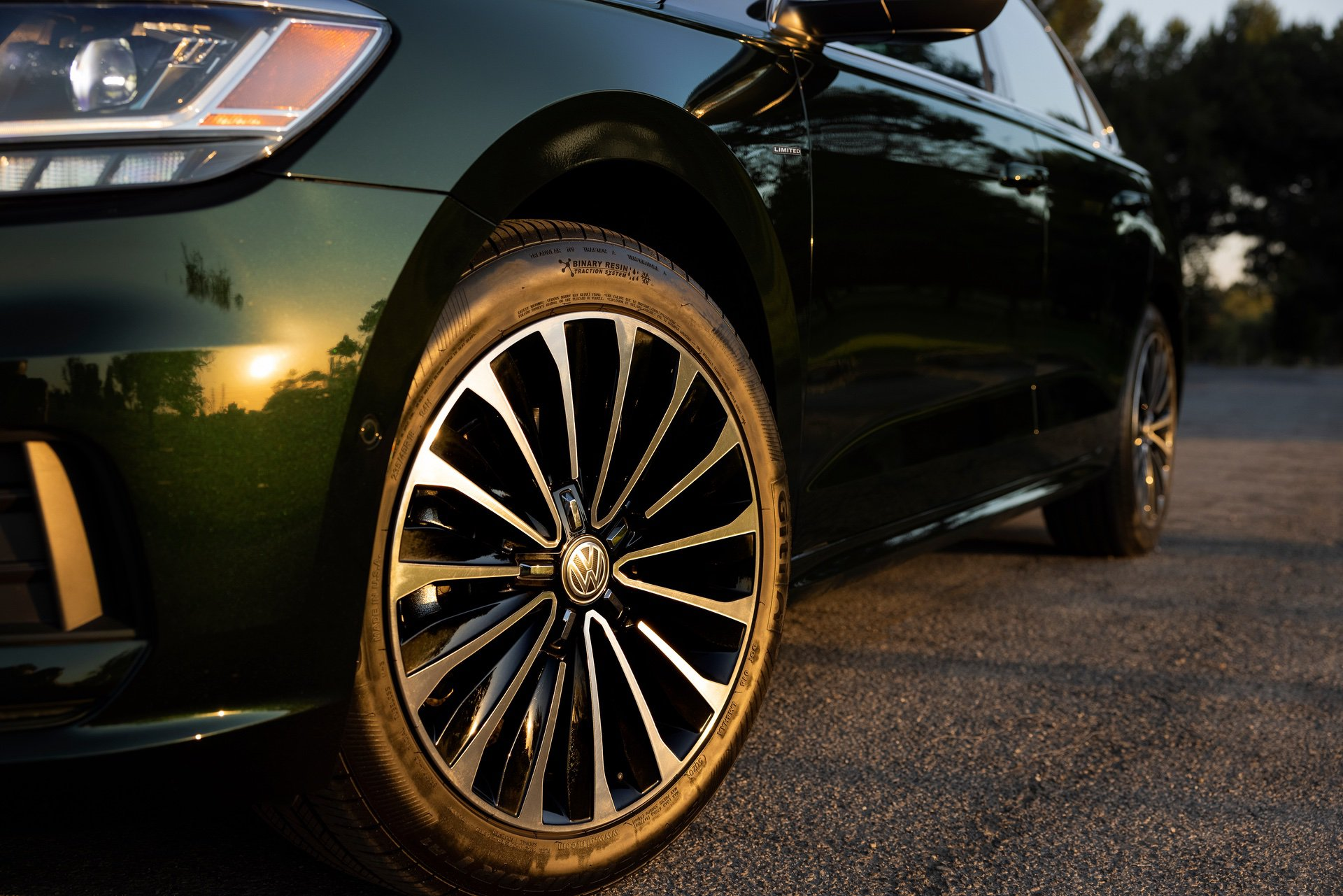 VW_Passat_Limited_Edition_US_spec-0007