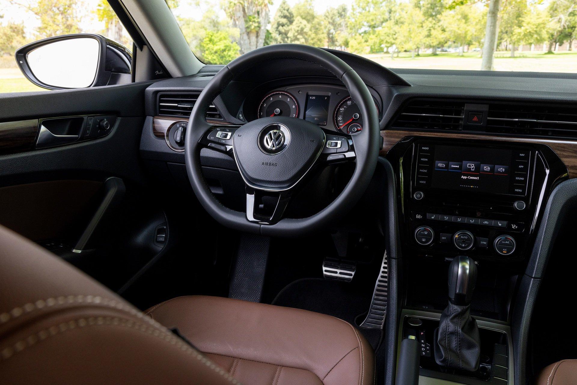 VW_Passat_Limited_Edition_US_spec-0015