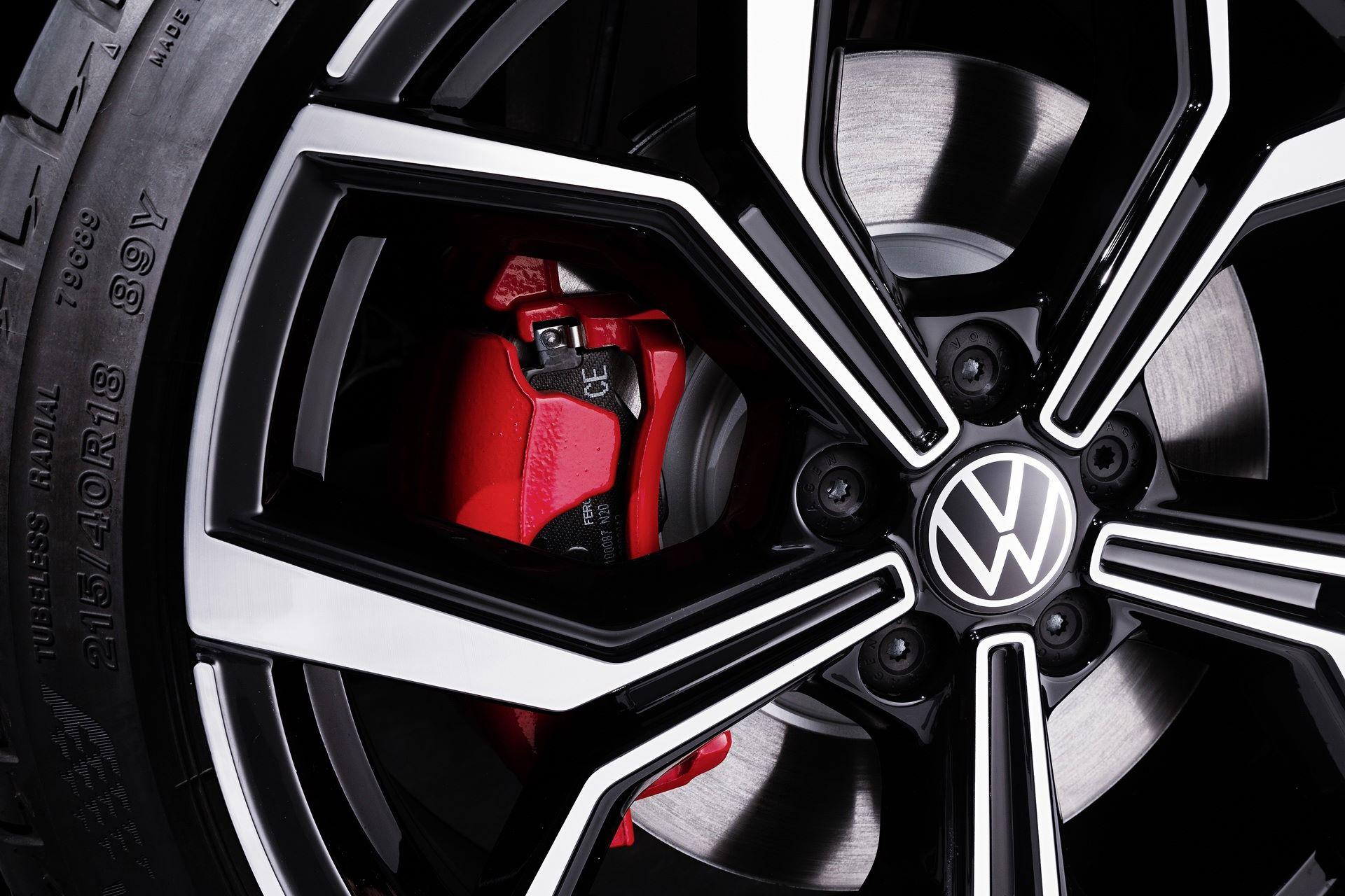 VW-Polo-GTI-facelift-11