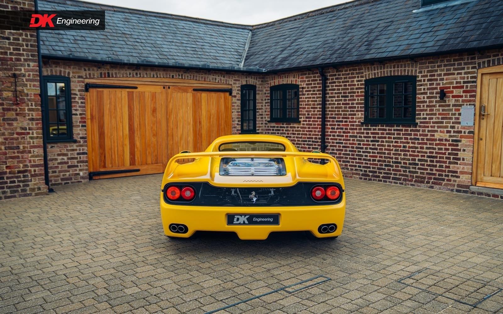 Yellow_Ferrari_Enzo_F50-0008