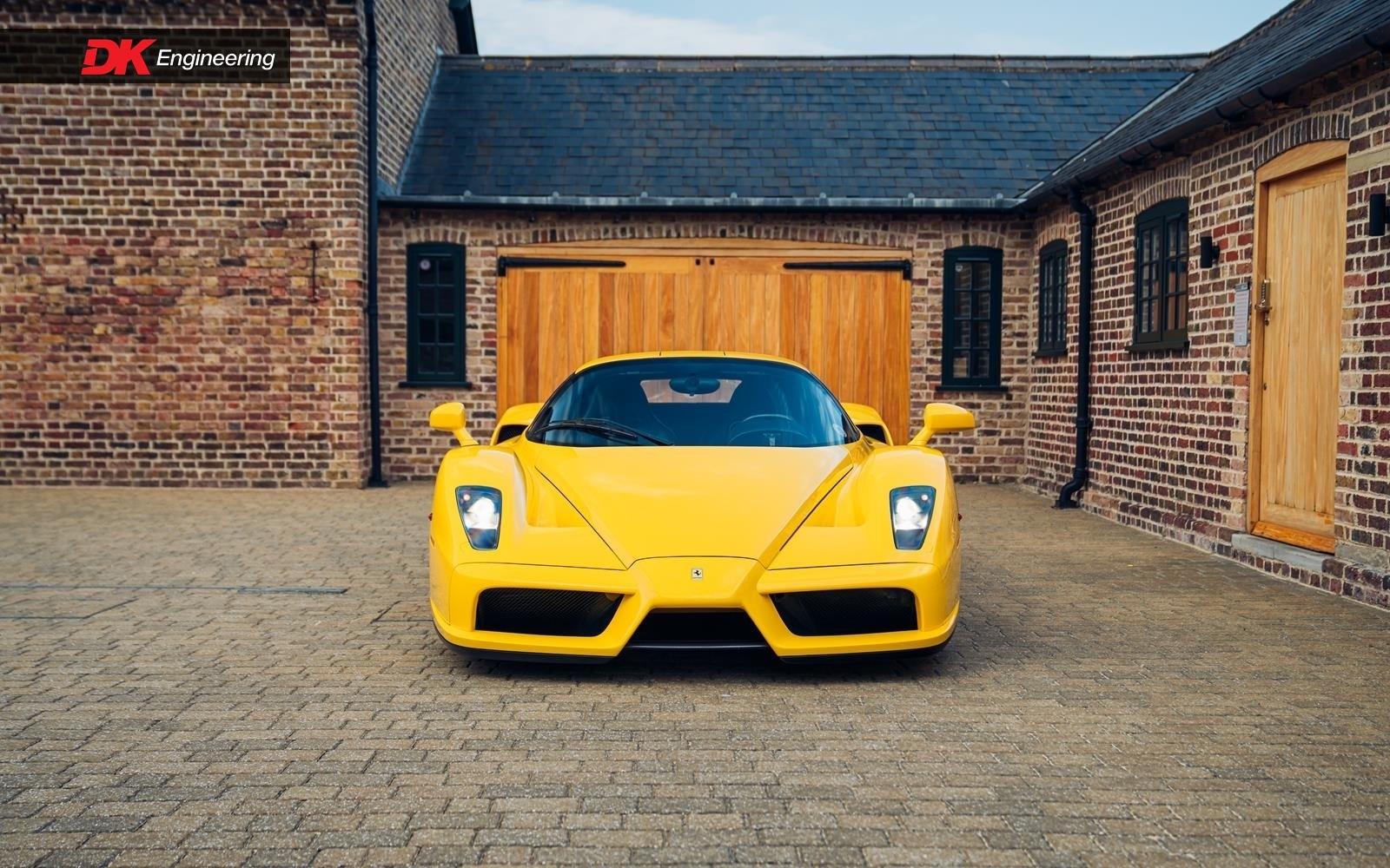 Yellow_Ferrari_Enzo_F50-0013