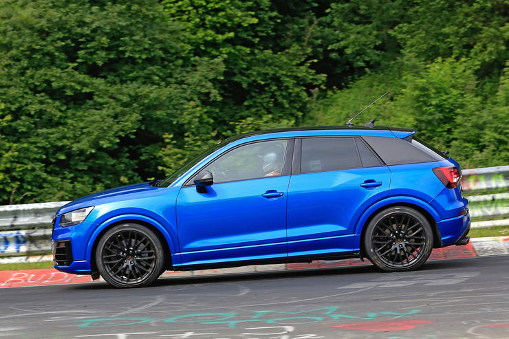 Audi SQ2 2017 spy photos (4)