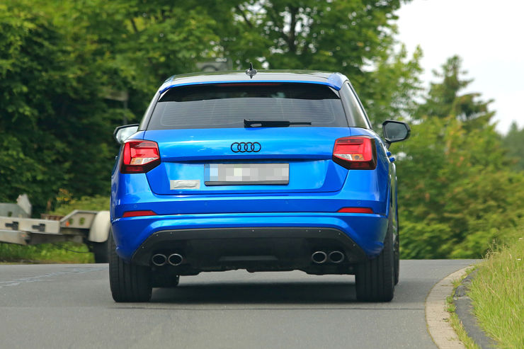 Audi SQ2 2017 spy photos (7)