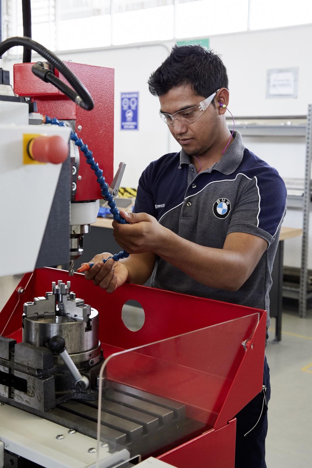 BMW Mexico Plant (14)