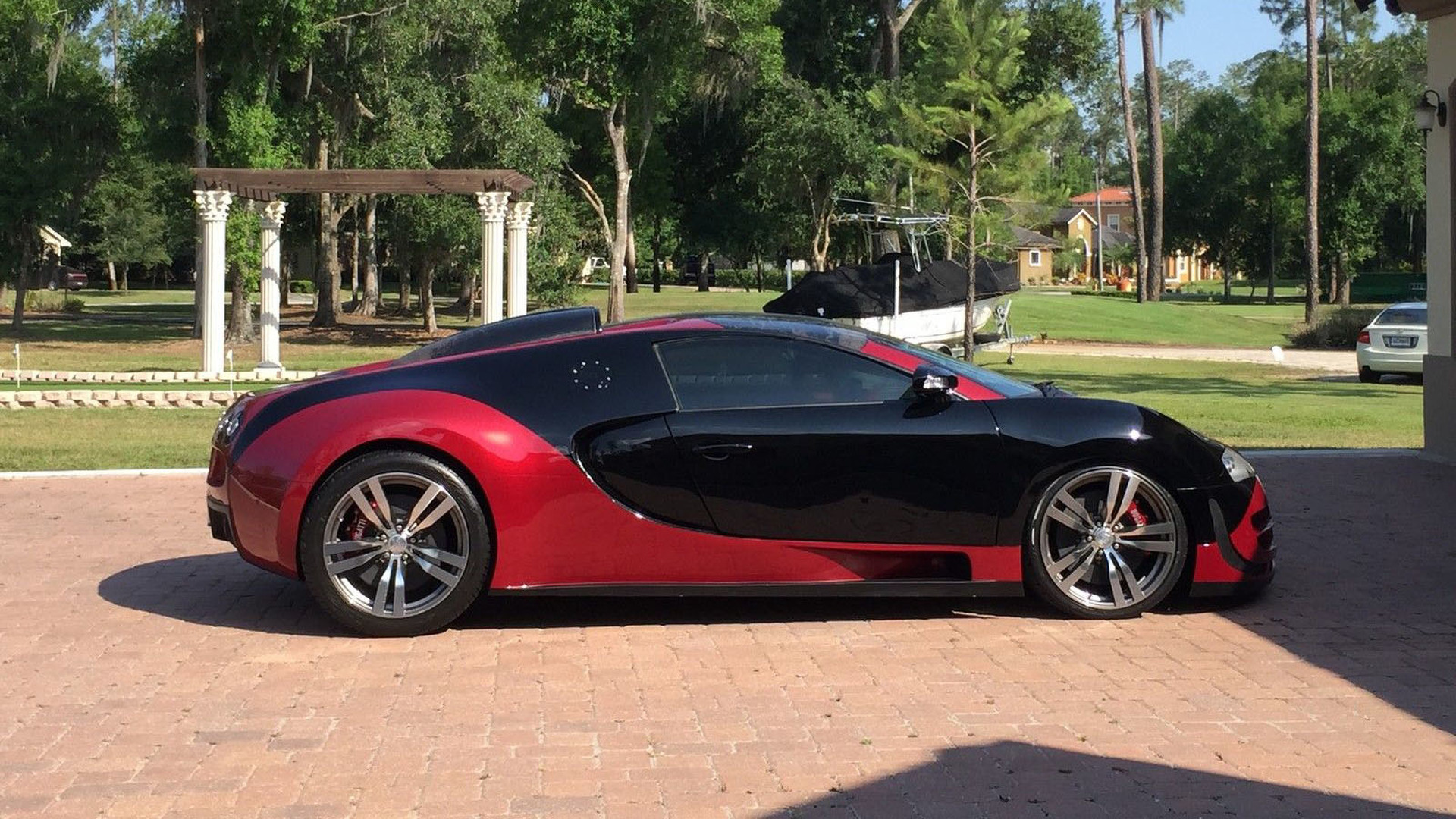 bugatti veyron replica. Black Bedroom Furniture Sets. Home Design Ideas