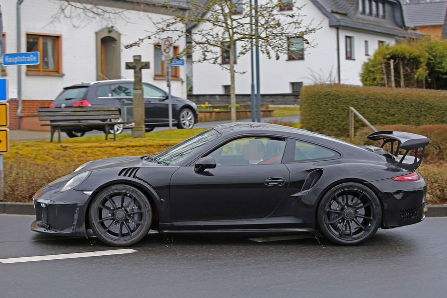 Porsche 911 GT3 RS 4.2 spy photos (3)