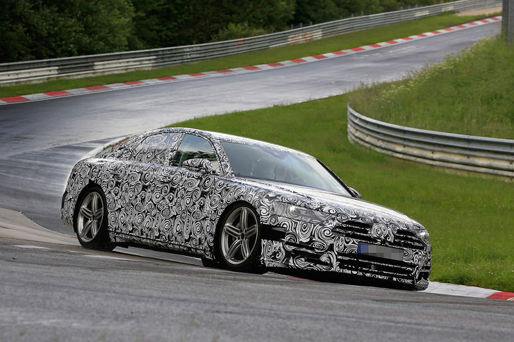 Spy_Photos_Audi_A8_Nurburgring_05