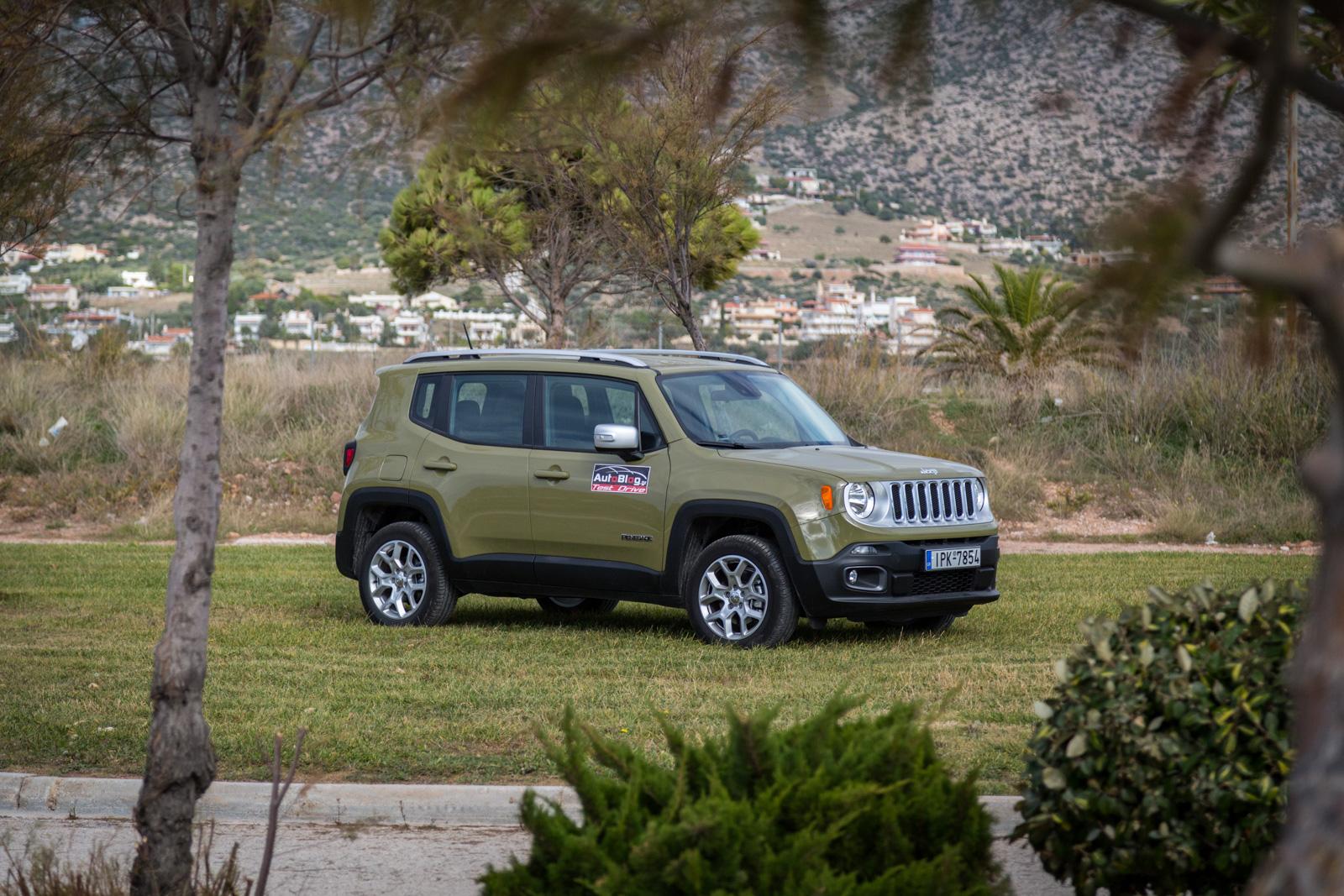 test drive fiat 500x vs jeep renegade 1 4 multiair 170 4x4 at9 8. Black Bedroom Furniture Sets. Home Design Ideas