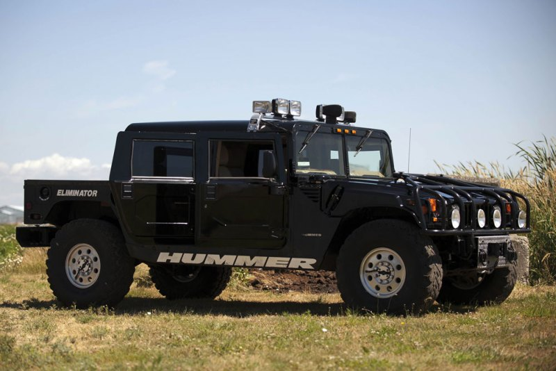 Tupac Hummer H1 in auction (2)