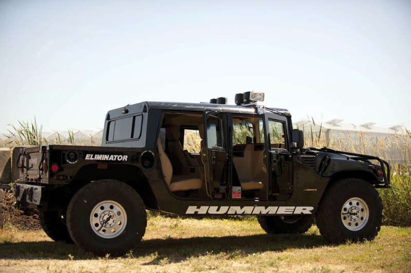 Tupac Hummer H1 in auction (4)