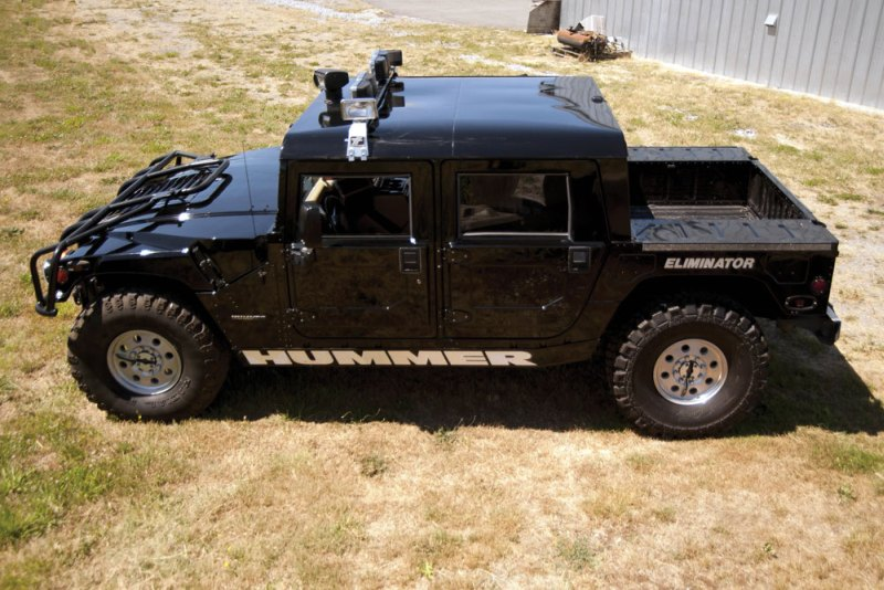 Tupac Hummer H1 in auction (8)