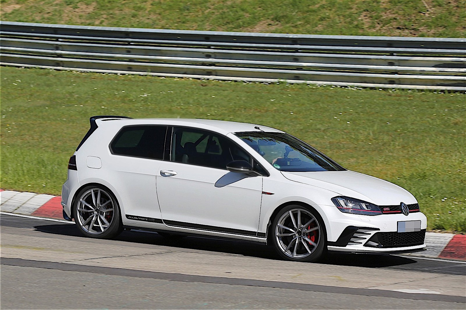 to volkswagen golf gti clubsport s. Black Bedroom Furniture Sets. Home Design Ideas