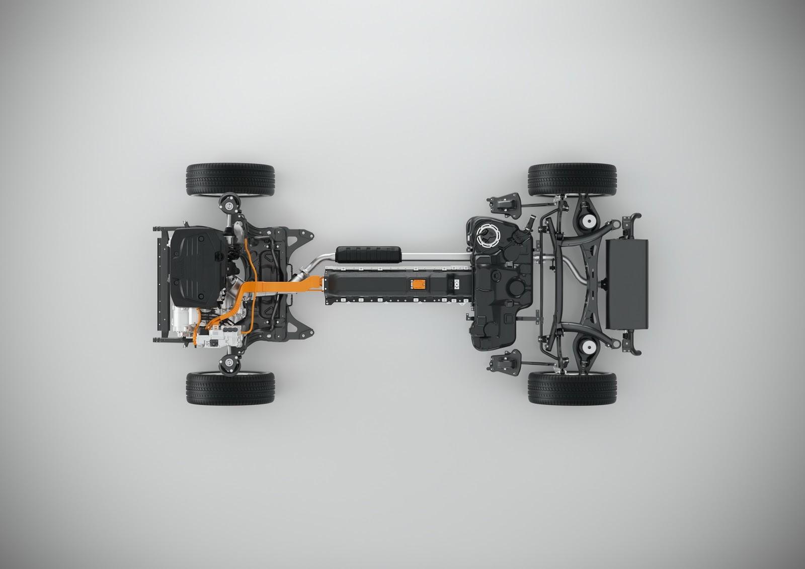 Volvo-XC40-S40-27