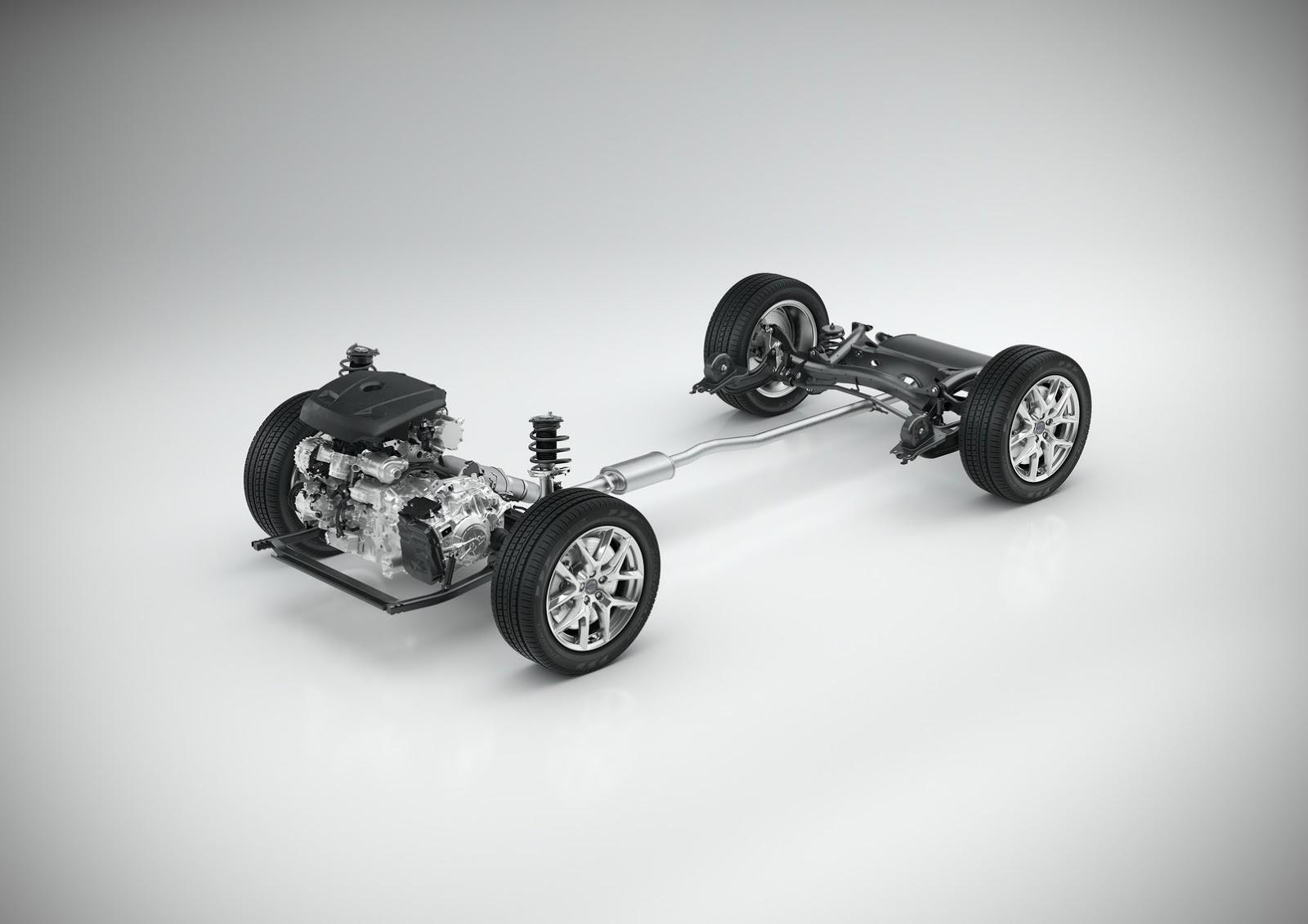 Volvo-XC40-S40-29