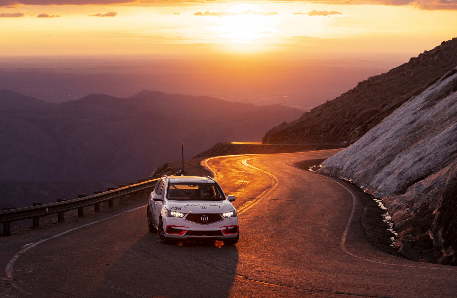 Acura-at-Pikes-Peak-International-Hill-Climb-2019-23