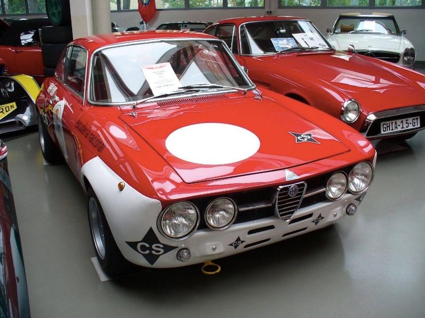 Alfa_Romeo_GTAm_01