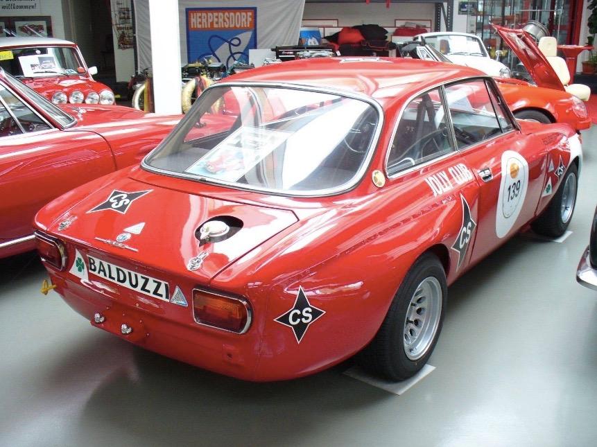 Alfa_Romeo_GTAm_02